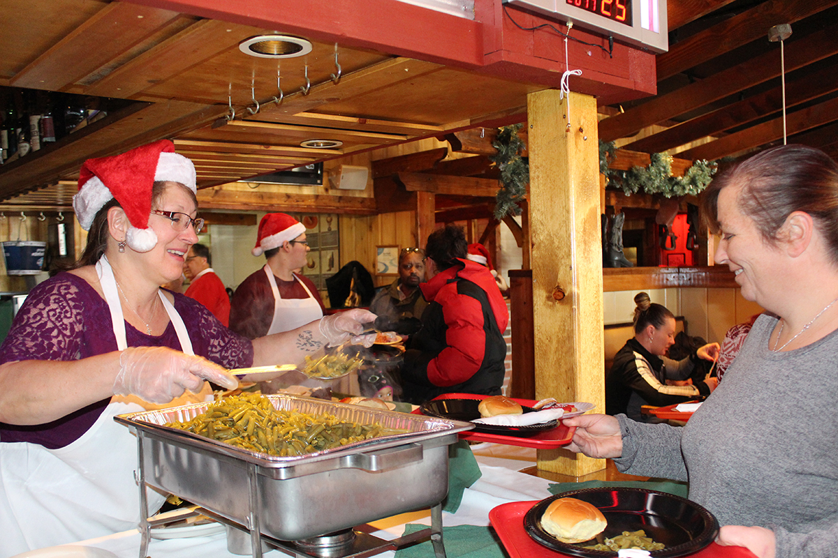 Free Christmas Dinner Near Me.2018 Christmas Dinner At Texas Corral Food Bank Of Northwest Indiana